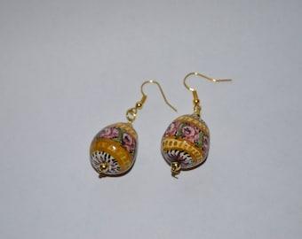 Hand-painted ceramic earrings 3 cm