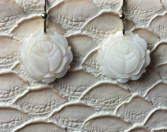 Small White Mother of Pearl Dangling Rose Earrings