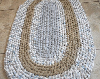 Oval Rag Rug  Recycled, Toothbrush Style, Amish Knot