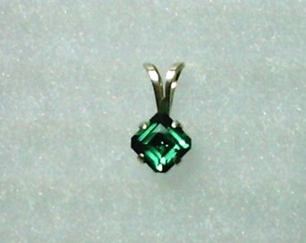 5mm Green Amethyst Gemstone in 925 Sterling Silver Pendant Necklace February Birthstone