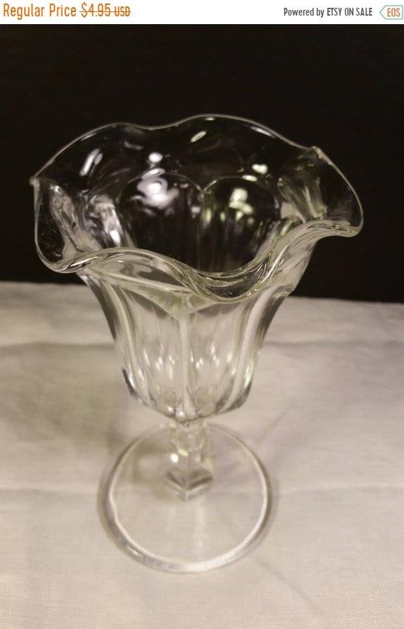 Sale Clearance Pressed Glass Soda Fountain Vintage Ruffled Fluted Tulip Rim Glass Parfait Ice Cream Parlor Sundae Glass Tall Pedestal Sundae