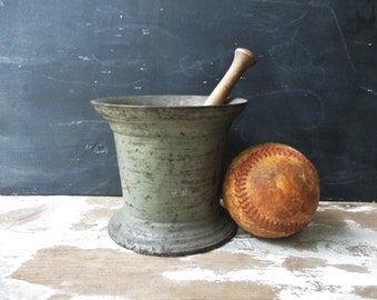 Vintage antique painted cast iron mortar and pestle wood and china pestle pharmacy apothecary decor vintage urn vase planter