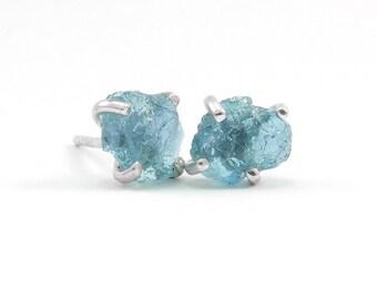 Raw apatite stud earrings Sterling silver Raw stone earrings Aqua blue apatite earrings Boho chic jewelry
