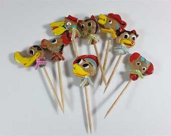 Set of 8 appetizers wooden picks - 6 peaks with animals head made in Japan-  Vintage aperitif picks for animal lover - Retro pic snails