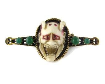 Vintage Florenza Noh Mask Shiro Hannya  24k gold electroplated Faux Jade Pin Brooch   - Japanese Theater 白般若 White Hannya Mask