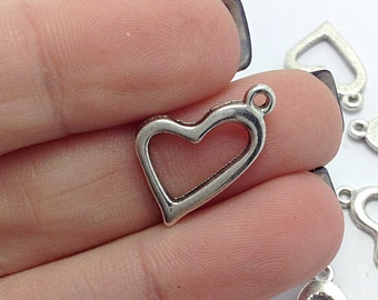 10 Heart Charms, Silver Heart Charms, Valentines Day Charms (1-1126)
