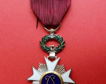 Medal - Knight in the Order of the Crown - Official Order of the Crown