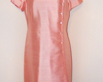 Vintage 1960s Pink Dress w/ Pink Rhinestone Buttons by Parues Feinstein in sz 10