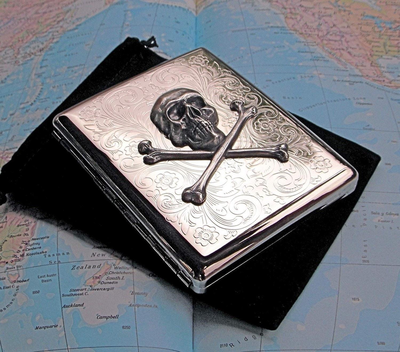 Silber Zigarettenetui Schädel und gekreuzten Knochen Silber