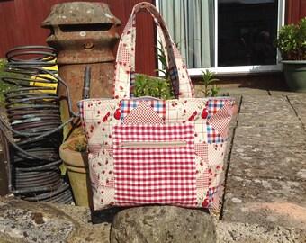 Zipped tote bag Shopping bag