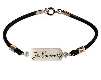 Mother of pearl bracelet personalized with the inscription I love you (+ heart)