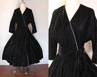 Vintage Party Dress / 50s Inspired / Velvet Dress / Old Hollywood / Dressing Gown / Formal Dress