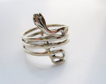 Serpent Ring, Vintage Sterling Silver Snake Wrap Around Band - Size 9