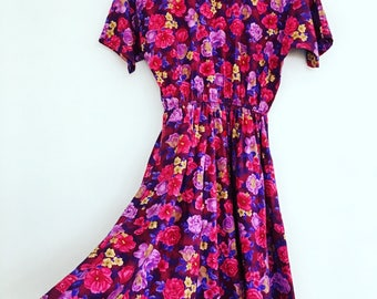 Bright - Floral - Vintage - Dress with Elastic Waist - Batwing sleeves - Size 10