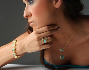 Turquoise Oval and Drop Necklace