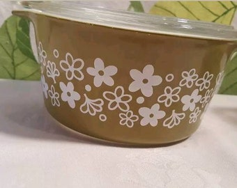 Vintage Pyrex Crazy Daisy Spring Blossom 473 Casserole with Lid