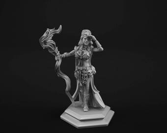Female Spellcaster miniature for tabletop gaming 28mm