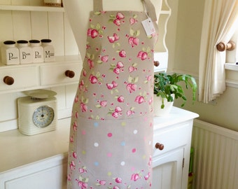 Apron, Taupe Strawberries Ladies' Apron, Strawberries Apron, Women's Apron, Taupe Dotty Apron, Mother and Daughter Gift, Gift for Her, Spots