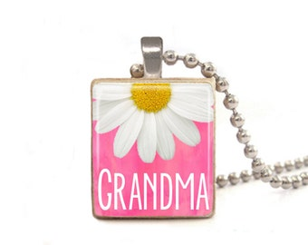 Pink Grandma Necklace | Gift for Grandma | Gift for Mom | Mimi Nana Necklace | Mother's Day Gift | Grandmother Necklace | Wood Necklace