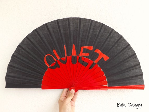 QUIET Red and Black 32cm XL Hand Fan