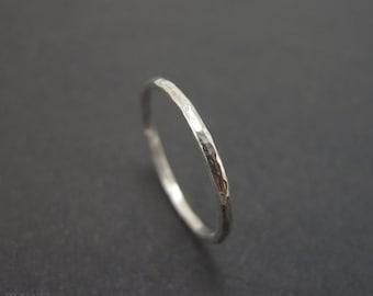 Gold stacking ring, Hammered white gold ring, delicate gold ring, thin white gold stacking ring, infinity wedding band, little wedding band