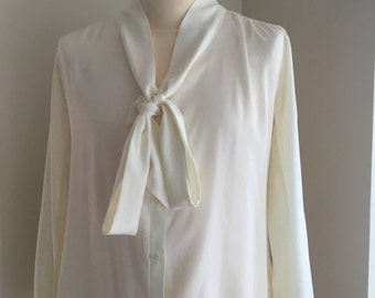Ladiies reproduction 1940's blouse