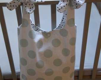 Bag - Printed with dots and triangles