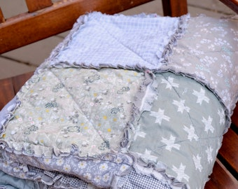 Gray Rag Quilt - Ready to ship quilt, Cotton anniversary Gift, Farmhouse style quilt, Shabby Chic Quilt, Modern Rag quilt, Modern Quilt