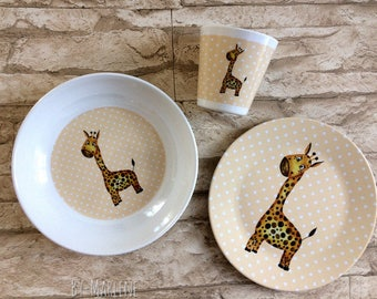 Children's dishes giraffe with name from melamine