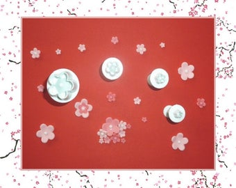 """Ejector cutter: """"Plum blossom"""" - set of 4 different sizes."""