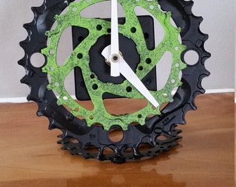 chain ring, and gear clock green/black