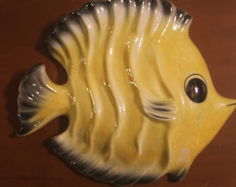 Vintage 1950s Ceramicraft Large Butterfly Fish Yellow with Pearl Luster Bathroom Nursery Mermaid Beautifier Kitsch Wall Pocket