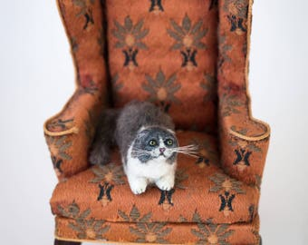 Dollhouse Miniature Gray and White Scottish Fold Exotic Cat Artist Furred Laying Down OOAK