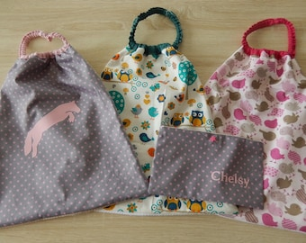 Set of 3 large towels marked name + custom pouch