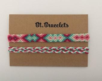 Set of 2 bracelets green/pink 3.20