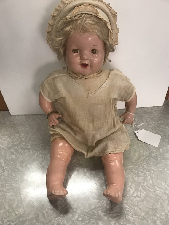 Antique Dream baby doll