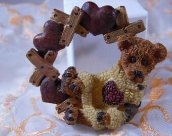 Cute Teddy Bear And Wreath Heart Brooch. Hard Plastic Brooch..