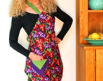 Womens Vintage Apron, Red and Purple Grapes Apron, Womens Full Apron