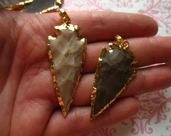 Shop Sale.. JASPER Arrow Head ArrowHead Pendant Charm, SMALL, 1.5 inch, 24k Gold Vermeil or Silver Electroplated, ~ 35-40 mm ap10.5 js