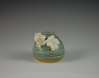 Short Stem Porcelain Vase or Pen Holder with Detailed Primrose Flower