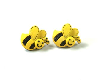 Humming bee earrings, Bee earrings, Bee studs, Bug earrings, Bumble bee earrings, yellow studs, Buzz earrings, Fun earrings