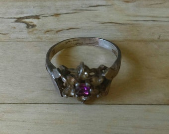 Antique vintage 925 sterling silver, amethyst and clear stone ring size P