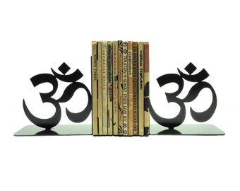 Yoga Om Bookends