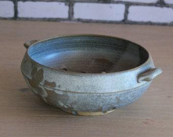 Handmade ceramic berry bowl, Housewarming gift, berry bowl, Handmade gifts, Ceramic pottery, Decorative bowls , Pottery colander