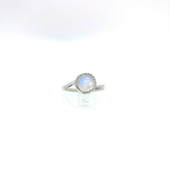 Rainbow Moonstone Ring   Sterling Silver Ring Sz 7.25   Simple White Ring   June Birthstone Ring   Simple White Stone Ring   Blue Moonstone
