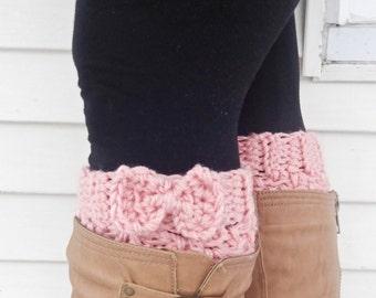 bow boot cuffs pink,crochet boot cuffs, pink leg warmers, bow leg warmers, bow boot socks, knit pink bow boot cuffs, winter fashion