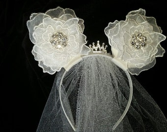 Wedding mouse ear headband with veil and crown - white