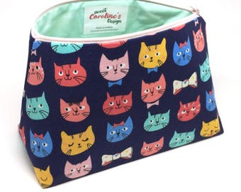 Makeup Bag Large, Cat Gifts For Girlfriend, Crazy Cat Lady Gifts, Cat Gift Ideas, Everyday Bag, Cat Gifts For Women, Best Makeup Storage