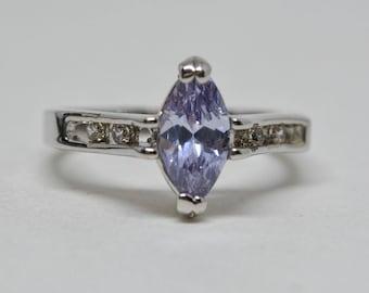 Gorgeous silver tone ring