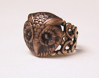 Steampunk Barn OWL RING, Mysterious and Adorable